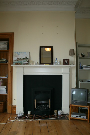 Edinburgh bedroom fireplace before.jpeg